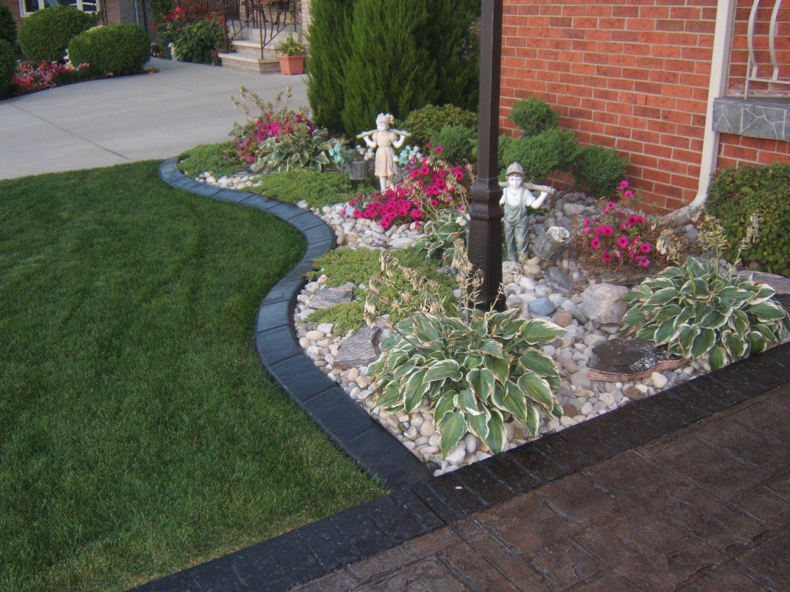 Home - Design continuous free form concrete landscape edging by kwik kerb