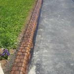 REGULAR DRIVEWAY CURB IN THE PAVER PATTERN